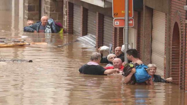 ألمانيا ترصد مليارات اليورو لإعادة البناء بعد الفيضانات المدمرة