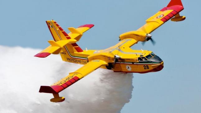 """السيطرة على النيران بواحات زاكورة بدعم طائرات """"كنداير سي"""