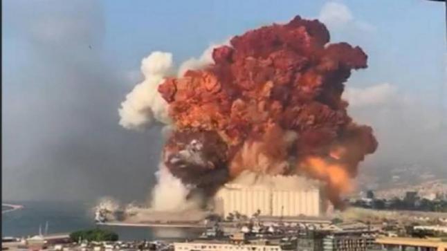 انفجار ضخم يخلف عشرات الإصابات في بيروت