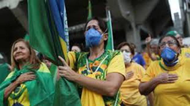 """وفيات كورونا """"تفجع"""" البرازيل برقم قياسي"""