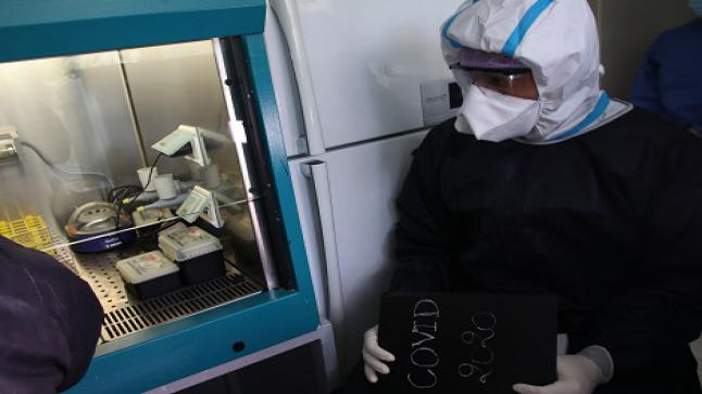 الصحة العالمية: تحدير جديد من بشأن كورونا.. ومدة بقائه